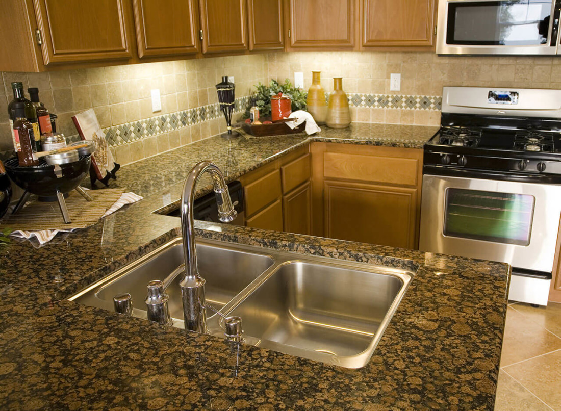 baltic-brown-granite-kitchen-countertop